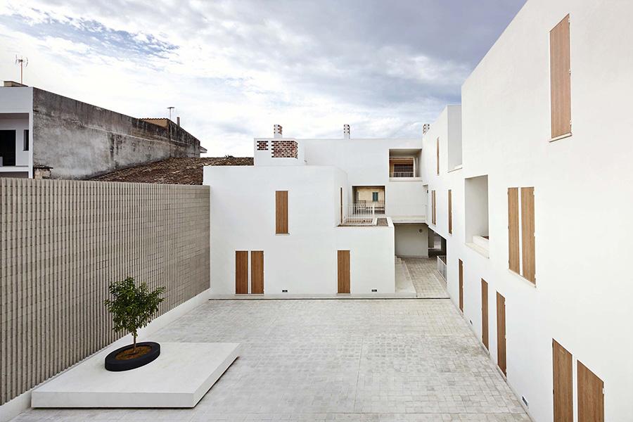 01_SOCIAL-HOUSING-IN-SAPOBLA